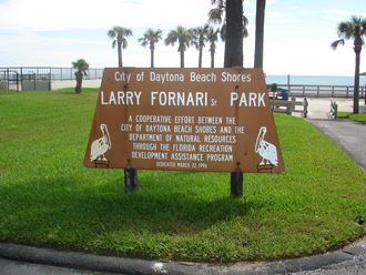 Larry Fornari Park Sign